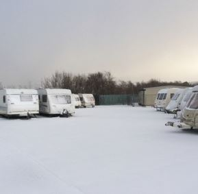 winter caravanning